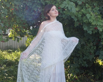 Beautiful hand knit lace shawl, wedding luxury kidsilk lace bridal shawl, traditional Shetland Lace handknit shawl, Victorian lace shawl