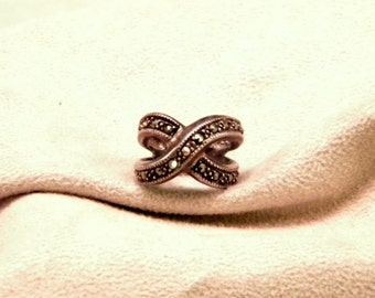 Sterling Silver Marcasite Ring - Size 6