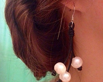 Leather and Freashwater Pearl Earrings