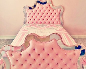 """Mirrored bed """"Angel"""", tufted mirrored bed, made to order"""