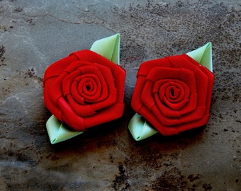 30mm Handmade Red & Light Green Satin Rose Applique - Fabric Embellishment, 2 PC