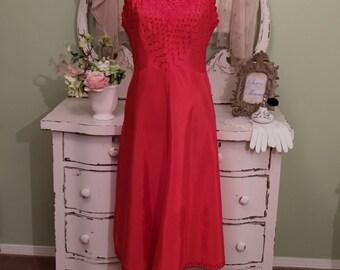 Vintage Red Slip, Dress slip, Rockabilly, Vintage Lingerie, M/ML, Embroidered Dressy Slip w Metal Zip, Full Slip, 1940s Red Dress Slip