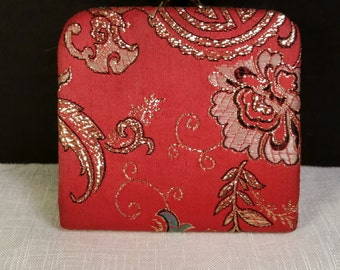 Asian Red Silk Coin Purse Vintage Oriental Coin Purse Red Gold Floral Silk Coin Purse Small Change Purse 1960s Fashion Accessory