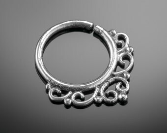 Silver Septum Ring. septum ring 18g. nose ring. septum piercing. septum jewelry. indian septum ring. boho chic jewelry. nose jewelry.