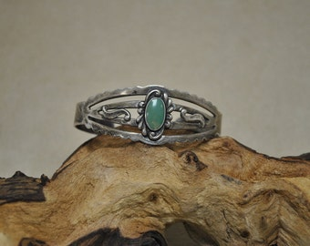Vintage Fred Harvey Era Cuff Bracelet with Turquoise