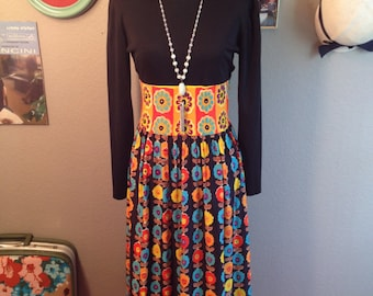 1970s Flower Power Groovy Maxi Polyester Dress/ Size Small
