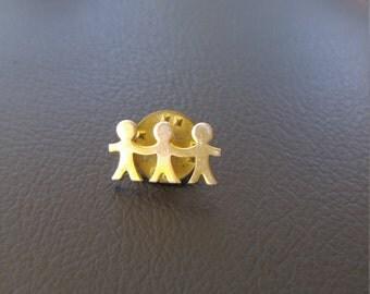 Three Friends Goldtone Pin