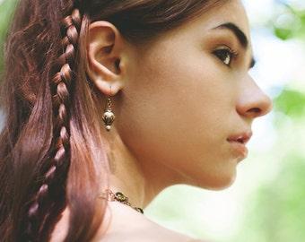 Medieval Earrings, Cream Pearl, Garb, Renaissance Earrings, Tudor, Medieval Jewelry, Victorian, Handfasting, Pagan, Rhiannon