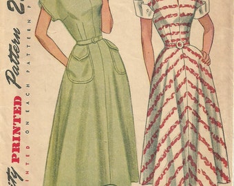 Simplicity 2394 / Vintage 40s Sewing Pattern / Dress / Size 14 Bust 32