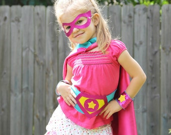 3 PIECE Hero ACCESSORY SET - Includes 1 Sparkle Shield Belt - Matching Wrist Bands - Sparkle Hero Mask - Match to your superkid capes