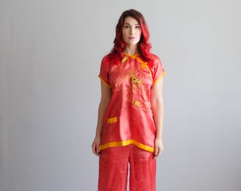 Vintage 1940s Japanese Pajamas - 40s WWII Tourist Lingerie - Year of the Dragon Pajamas