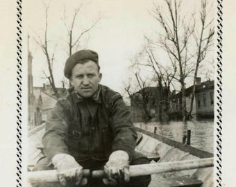 "Vintage Photo ""Flooded Streets"" Disaster Flood Boat Man Snapshot Photo Antique Black & White Photograph Found Paper Ephemera Vernacular - 89"