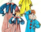 Clown Costume Vintage 70s sewing pattern Halloween outfit dress up play Simplicity 7162 toddler child 2 3 4 boys and girls