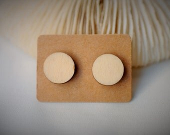 WOOD Stud Earring - CIRCLE, Natural ~ 12 mm - Girls / Casual / Cutie