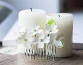 Dogwood flower comb - rustic hair comb - white hair comb -  hair comb bridal - dogwood blossom -  woodland wedding - white flower comb