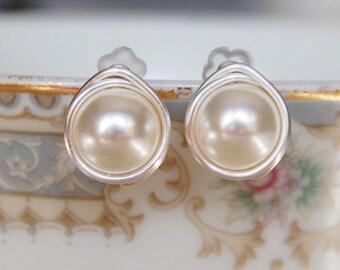 Cream Pearl Stud Earrings , Gold Filled Pearl Earrings , June Birthstone Earrings , Swarovski Pearl Earrings