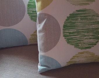 Throw Pillows - Modern Design