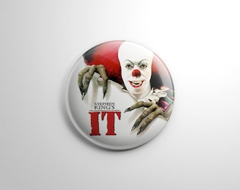 Horror Movie -  Pennywise the Dancing Clown It Button / Keychain
