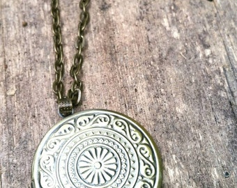 Vintage Inspired Antique Bronze Brass Locket Necklace