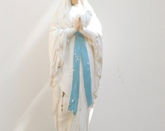 french vintage statue of the Virgin Mary, religious, shabby chic, nordique living,Brocante française