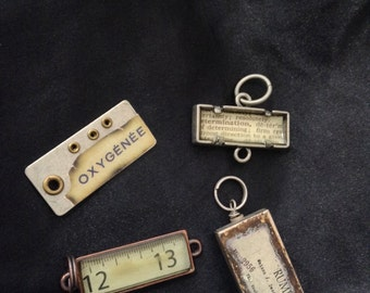 4 industrial charm and link findings, one compartment