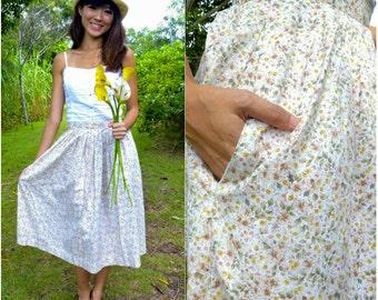 1970 Vintage Skirt/ Petit Jardin Skirt/ Small Skirt/ Medium Skirt/ Floral Skirt/ Pocket Skirt/ Frock Skirt/ Summer Spring Skirt/ Midi Skirt