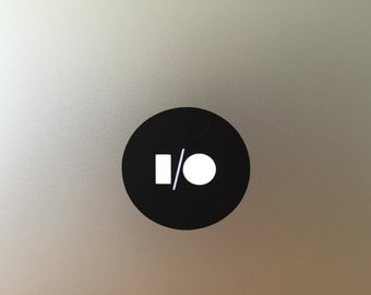 i/o vinyl decal/sticker for Macbook Air & Pro
