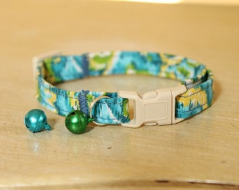 Water Lily Cat Collar with Bell, Fully Adjustable and Comfortable, Safety Buckle