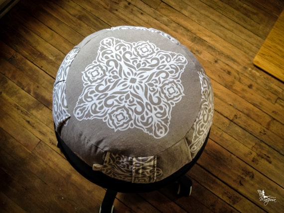 Traditional Buckwheat Pillow : Mandala Meditation cushion zafu Stone Gray cotton print