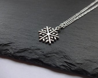 Snowflake Necklace, Christmas Necklace, Chain, Christmas, Snow, Charm Necklace, Xmas, Christmas jewellery, Gift For Her, Christmas Gift