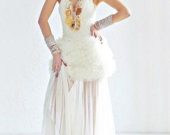 Sheila / Tulle wedding dress alternative wedding dress Romantic wedding dress fantasy wedding dress Beach bridal gown whimsical bridal dress