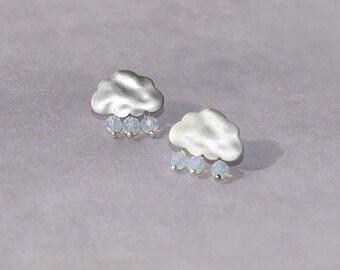 Cloud earrings, rain earrings with three drops, raindrops earring in silver, silver stud earrings, white opal earrings, Small post earrings