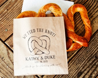 Pretzel Wedding Favor Bags - We Tied the Knot - Wedding Snack Bag - Soft Pretzel Favor - 20 Grease Resistant Bags