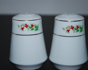 Christmas Holly Salt and Pepper Shakers Holiday Salt and Pepper