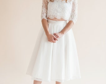 PETAL SKIRT a beautiful and simple no fuss box pleat organza skirt with delicate lace trim detail at the hem