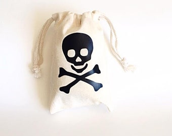 Pirate party favors- Party favor bags- Pirate theme party- Skull and crossbones favor bag