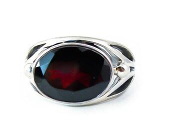 Garnet Silver Women's Ring Size 7