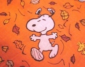 dog bandana reversible SNOOPY woodstock dancing leaves Fall Halloween candy corn orange Peanuts VELCRO bandana autumn Thanksgiving scarf
