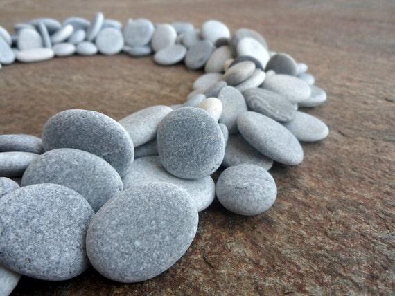 200 beach pebbles flat stones beach stones bulk craft for Flat stones for crafts