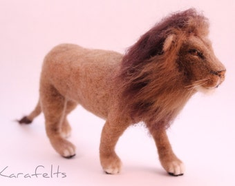 Needle felted lion sculpture