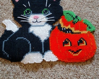 Cat with Pumpkin Wall Hanging