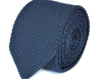 skinny navy blue plain knitted tie with pointed end by Frederick Thomas FT1860