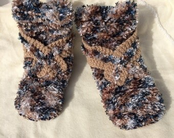 Hand knitted slippers / hand made slippers / knitted slippers