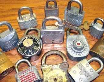 Old lock collection - 13 vintage combination master american taylor slaymaker locks and  keys lot - vintage industrial machine age steampunk