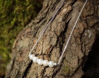 Pearl minimalist necklace.