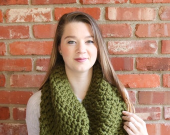 Chunky Crochet Cowl - Cilantro - The Ross Cowl