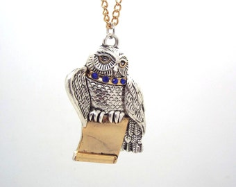 Harry Potter Hedwig necklace. Free shipping to UK
