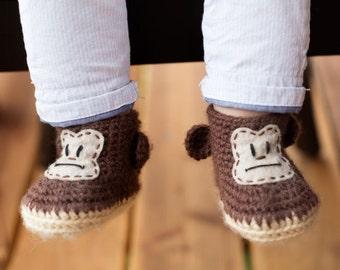 Crochet Monkey Baby Booties  - Crochet Baby Shoes - Animal Baby Booties - Baby Gift - Newborn Photo Prop - Animal Baby Shower Gift