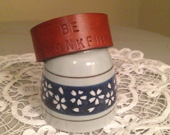 Be thankful leather cuff