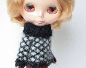 Blythe sweater,Doll white mohair clothes, Blythe mohair sweater, Knitted outfit for doll,12 inch doll sweater, Blythe doll knitting clothes
